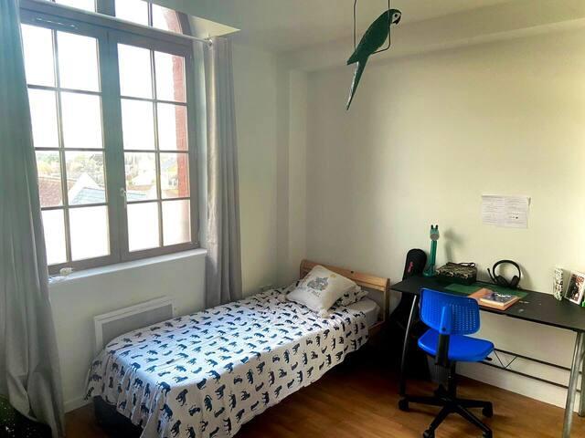 Chambre 3 avec bureau