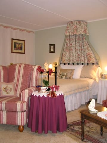 Alba Country Rose B & B - Beechworth - Bed & Breakfast