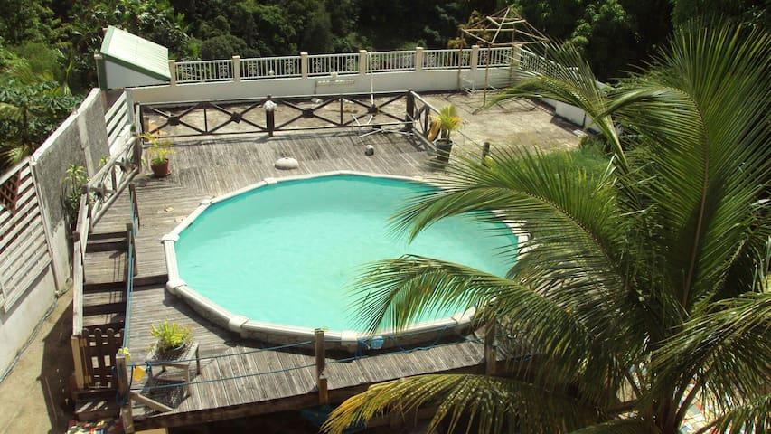 Villa créole - route de coma - Ev