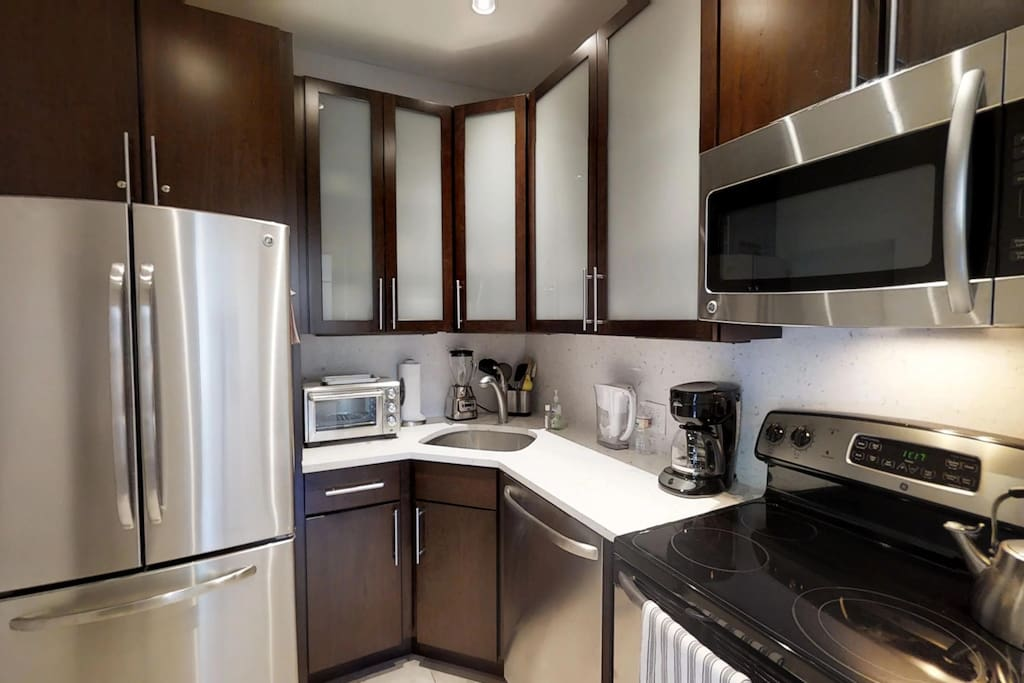 Fully Equipped Kitchen. Perfect for home cooked meals
