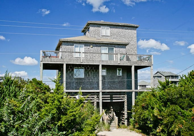 The Beacon Uranian Taurus  Ocean and Sound Views