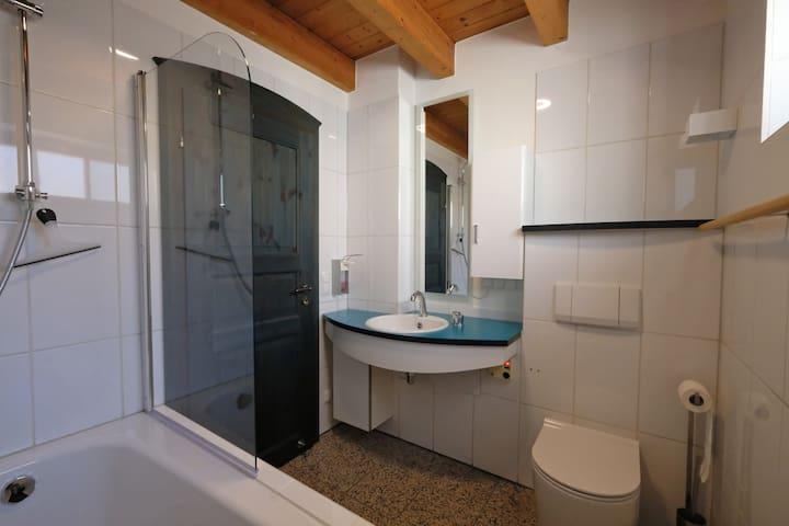 Bad/Bathroom-2