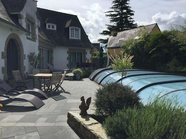 "B&B Dinard ""Pijao"" with swimming pool"