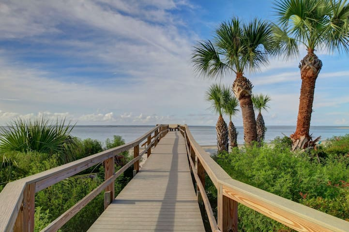 Rest Well With Southern Belle Vacation Rentals