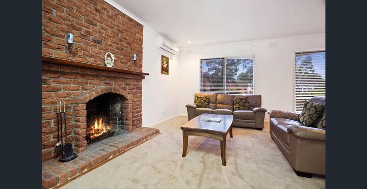 温馨舒适的居所,家用设备一应俱全,环境超好