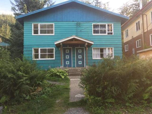 Teal House on 4th - Juneau