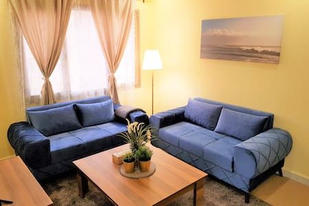 Cozy Furnished Apartment# 2 in Mahboula