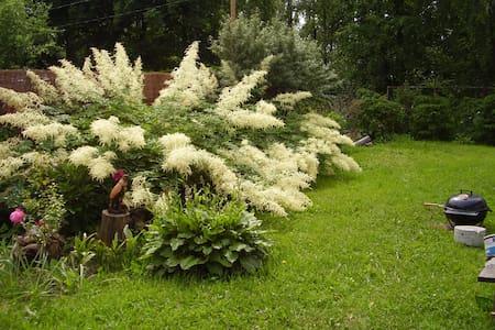 Домик на природе с мая по сентябрь - Maardu - Nature lodge