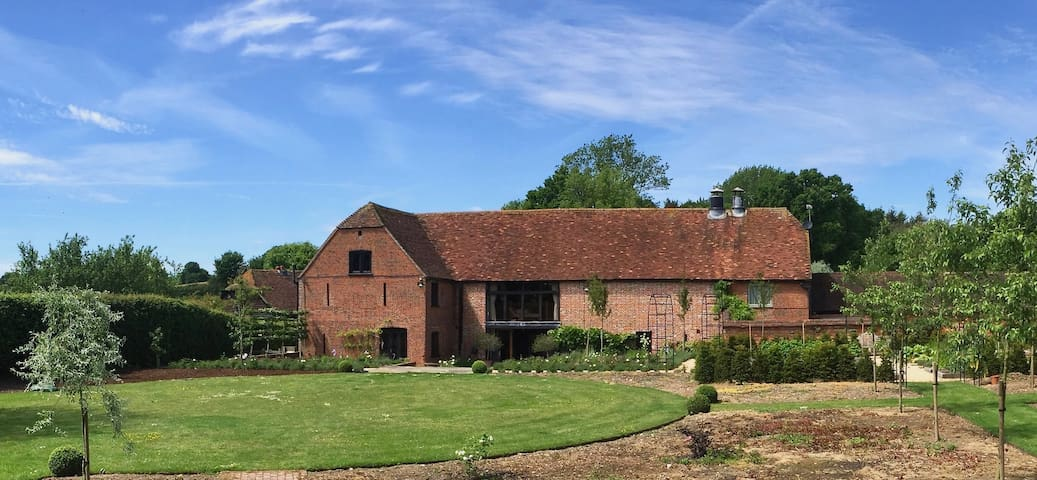 Beautiful Barn Conversion in New Forest