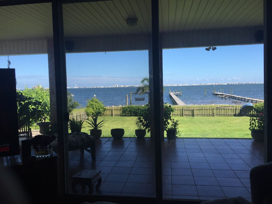 Beautiful waterfront home on the sound! Private dock