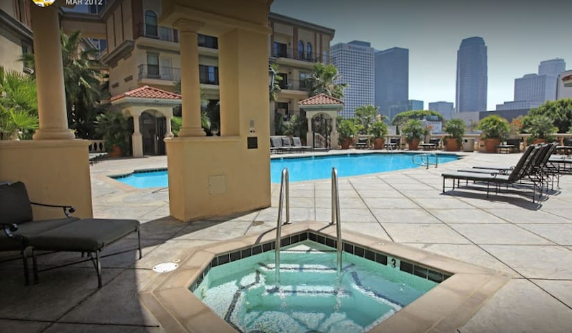 DTLA Luxury mins from everything - up to 8 guests! - Los Angeles - Appartement