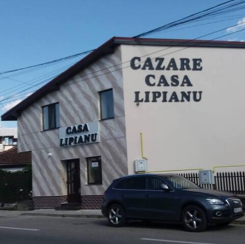 CASA LIPIANU