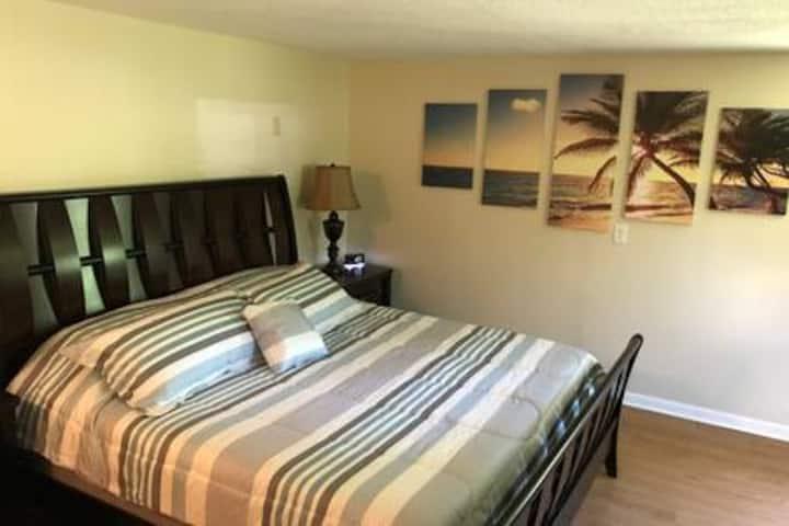 NEW! Shore Road Inn Room 5 - PET FRIENDLY ROOM