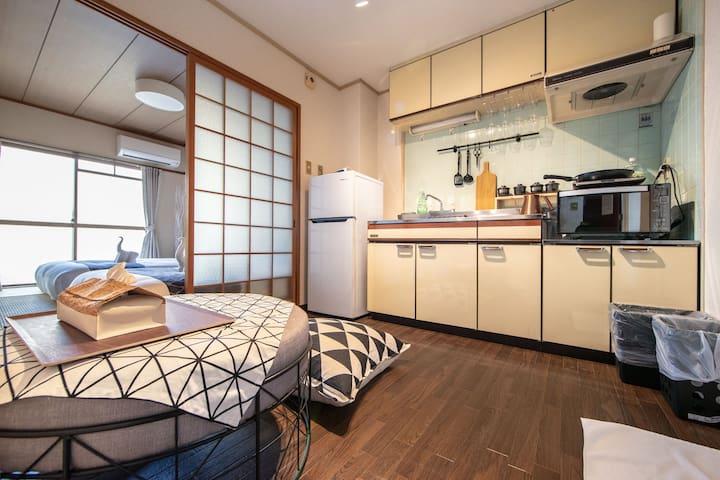 京都市中心D2早鳥優惠大特價地點非常好4人房30m2河原町有电梯有陽台安靜步行可達四条烏丸祗園錦市場