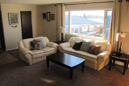 Furnished Sunnyside Apartment #10 - Great Falls