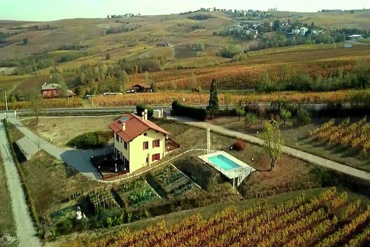 Appartement moderne à Santa Maria della Versa avec piscine