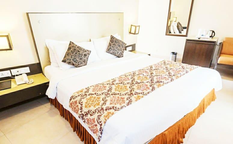Sea Horizon Rooms-Pool 3min Ride To Baga Beach SHR