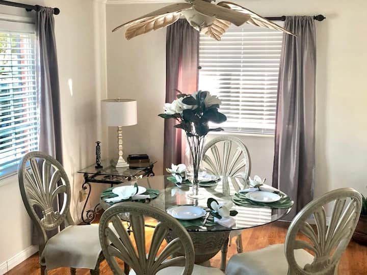 Charming Quiet monthly stay Heart of Long Beach