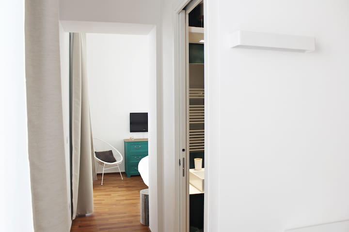 Fabricanovantacinque paris apartment