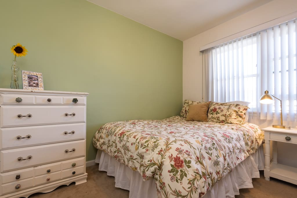 One bedroom with queen-sized bed