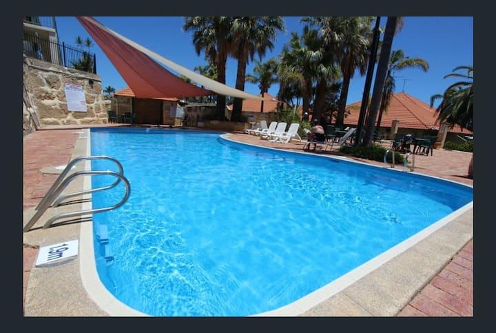 Funky Holiday Villa in Mandurah's Top Location