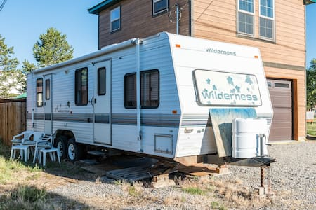 Unit D-133 S Fremont 30 ft. Wilderness RV/Camper