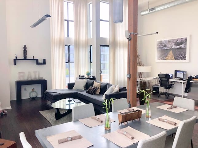 SoHo loft style living in MDR- Monthly rental only