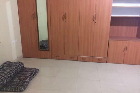 Private room available for a week - Hyderabad - Lakás