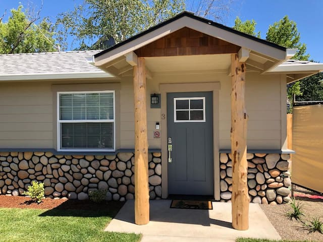 Riverside Cabin 3 - Brand New Construction!