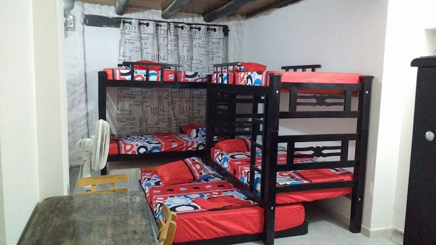 Habitación para 10 personas, Rodadero Santa Marta - Gaira - Lägenhet