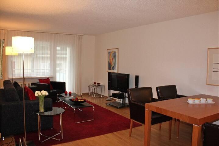 Executive 2 BD flat / city center (Hösch 1)