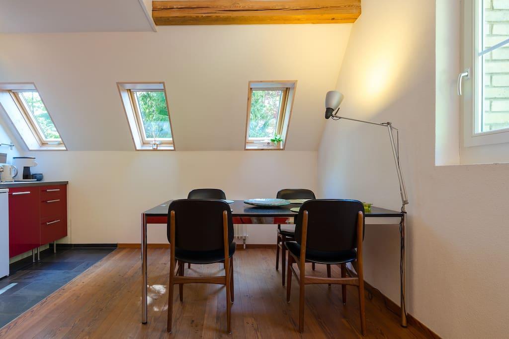 Esstisch /Dining Area