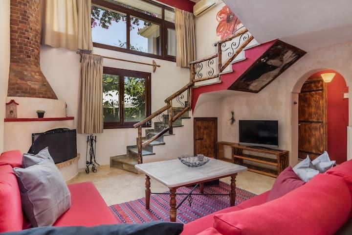 Fasolaki -  Red Velvet private house in Skopelos