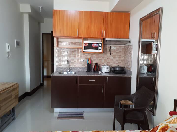 Fully furnished brand new condo with wifi (10Q)