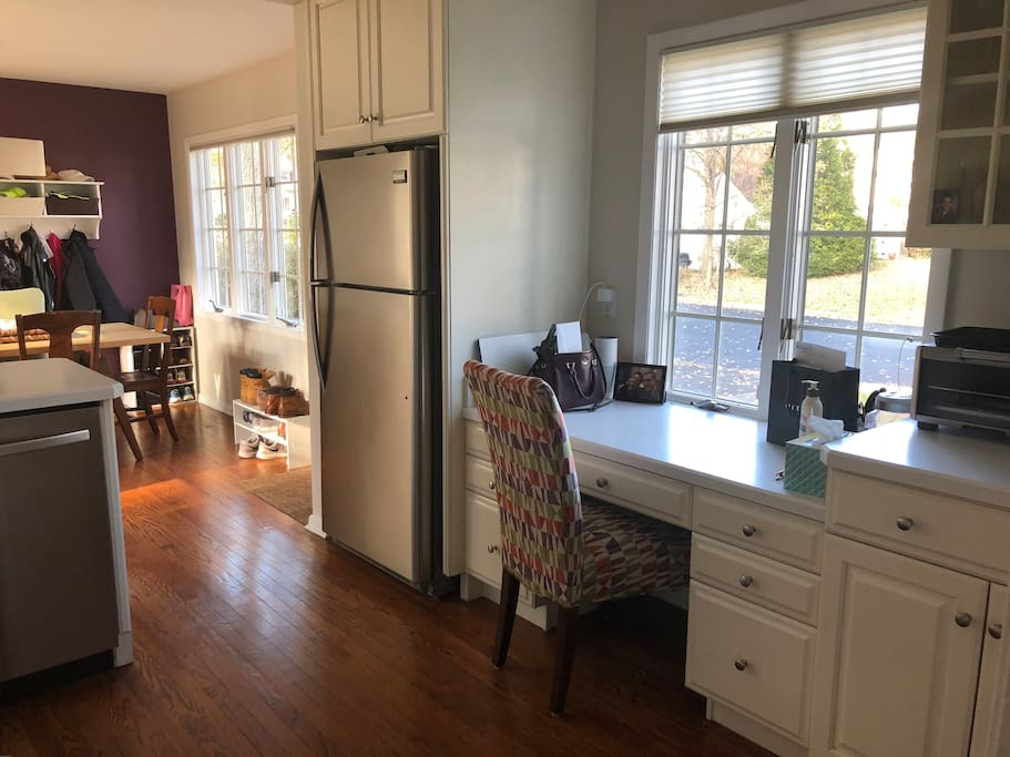 Bright Kitchen with Doors to Patio and Driveway