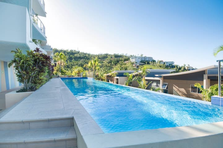 Coral View at Azure Sea - Airlie Beach 3 bedroom