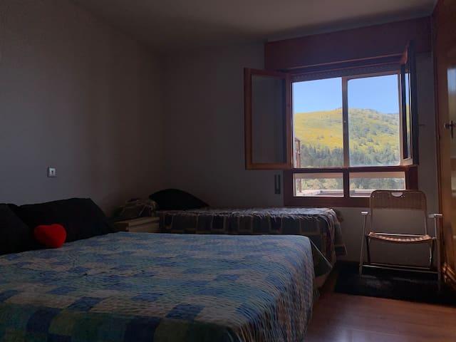 Vistas a la montaña desde dormitorio principal