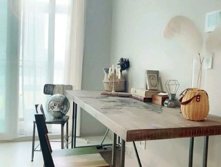 MioHouse]송파/미사/팔당 Mirror ball 무드의 테라스가 있는 복층 House
