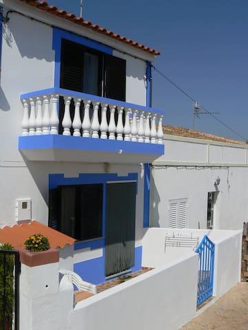 Casa Azul Campo e Praia