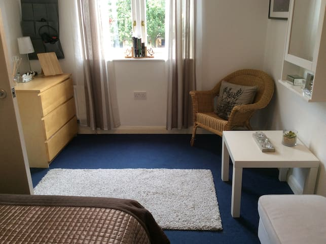 Spacious relaxing double room 1 - Heart of Dalston