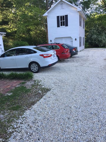 Nice Parking Area! Please note, one car per reservation. Thank you for your consideration.
