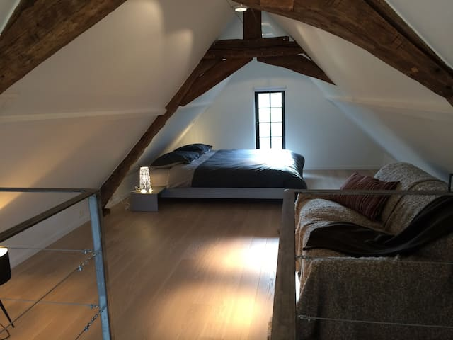 Renovated detached 18century studio - Kampenhout - Appartement