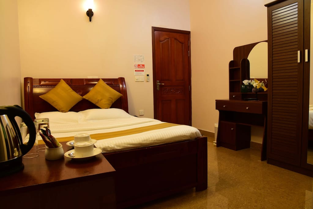 Golden spiral bed breakfasts for rent in hulhumal for The family room hulhumale