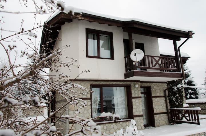 Snownest Villa 2