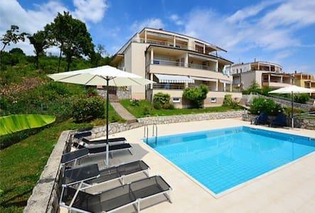 Sunlit Apartment Kvarner wth pool - Opatija