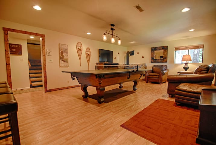 1st floor game room -Pool table, Ping Pong, and full entertainment system