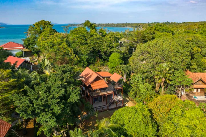 New Villa on Paradise Island