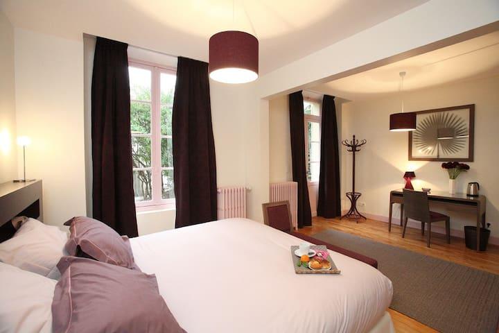Chambre Dolce Vita, Villa Pascaline, centre ville. - Clermont-Ferrand - Bed & Breakfast