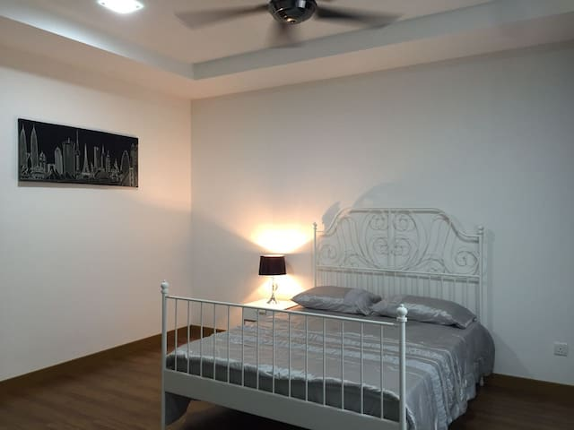Accomodation near Airport - Nilai - Dom