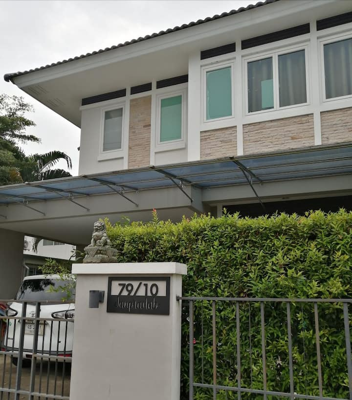 Private House for rent 3 bedrooms and 3 bathrooms